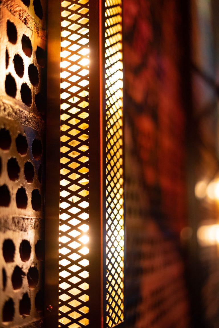 Interiorismo iluminacion restaurante bang cook