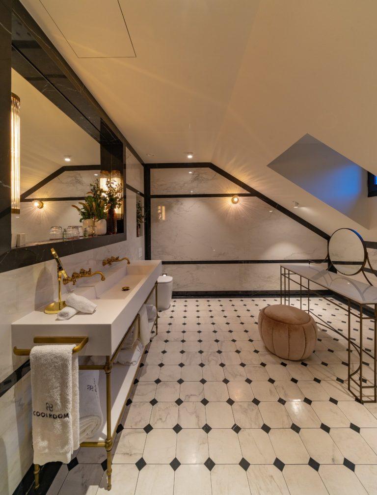 Hotel Cool Rooms Madrid Baño