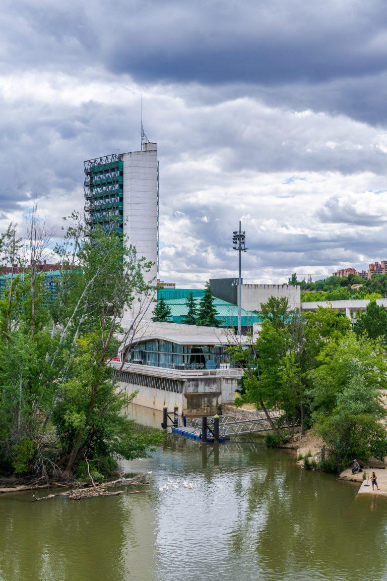Exterior Museo Ciencia Valladolid Vista Puente