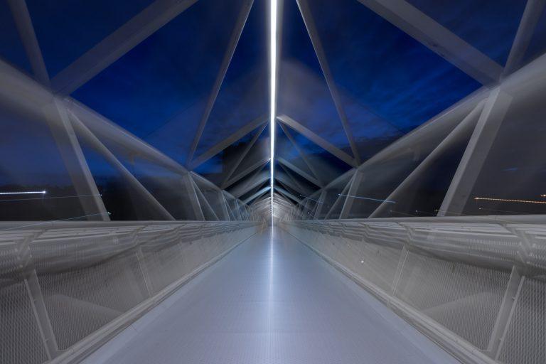 Pasarela Museo de la Ciencia Valladolid efecto zoom
