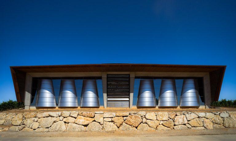 Exterior Bodega Portia Norman Foster