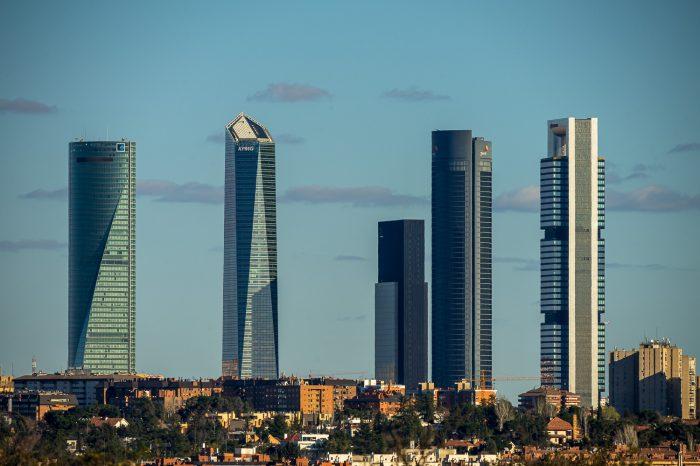Cuatro Torres Business Area Madrid Rascacielos